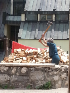chopping wood doesn't know any age